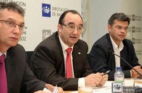 La Diputación de Badajoz mejorará la instalación de agua de 23 municipios de la provincia