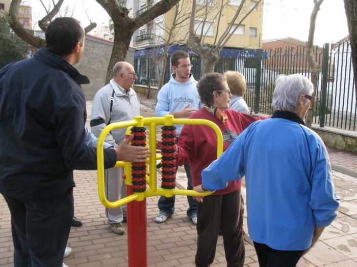 El parque de Moraleja abre sus puertas con nuevos juegos infantiles y área de gimnasia para mayores