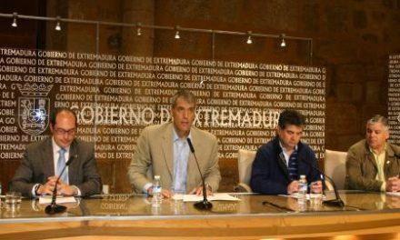 El director general de Deportes presenta oficialmente el Raid de Aventura Extremadura 2012