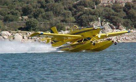 El Gobierno contratará 6 aviones anfibios y 9 aviones de carga en tierra para la extinción de incendios