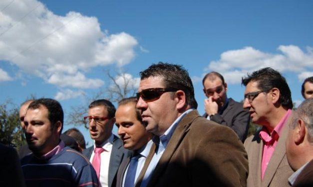 """Monago asegura que de la situación de crisis """"se sale trabajando y no haciendo huelga"""""""
