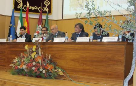 Echávarri apuesta por una modificación del  enfoque actual de la gestión forestal en Extremadura