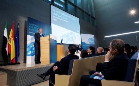 El presidente Monago anuncia la implantación del software libre en la Administración Pública