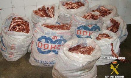 La Guardia Civil detiene a los integrantes de un grupo de personas dedicadas al robo de cobre en la región