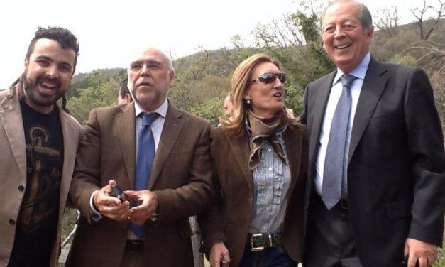 El presidente regional inaugura en el Valle del Jerte la Fiesta de Interés Turístico Nacional del Cerezo en Flor