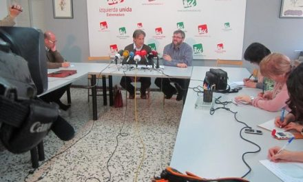 IU llevará a cabo este martes encierros de 24 horas en algunos ayuntamientos con la presencia de los diputados