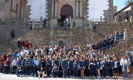 Cerca de 900 escolares han recorrido la historia de la ciudad con 'Cáceres, Patrimonio de los Niños'