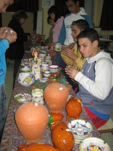 Alumnos del instituto Luis de Morales de Arroyo de la Luz crean su propia cooperativa con fines benéficos