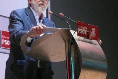 Ibarra cree que el PSOE extremeño debe garantizar el gobierno del PP en la región durante toda la legislatura