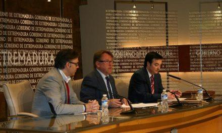 Un convenio promoverá la mejora de la accesibilidad de los edificios y zonas turísticas de Plasencia