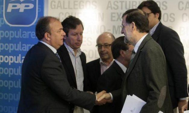 """El presidente Monago intenta conseguir apoyos en Génova a la propuesta sobre """"Los Pactos de la Moncloa"""""""