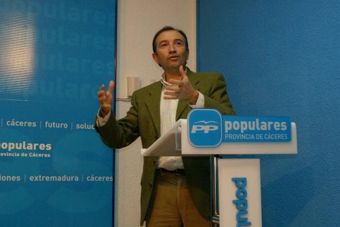 Laureano León asegura que  la publicación irregular de los presupuestos no se debe a un error político