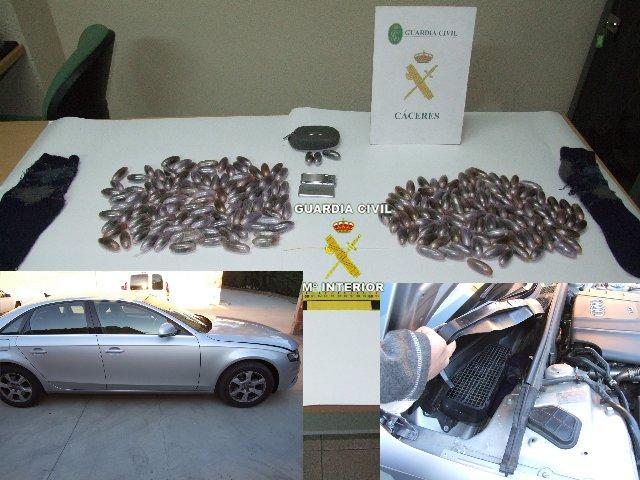 La Guardia Civil detiene a dos personas por un delito contra la Salud Pública por tráfico de drogas