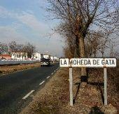 El presidente de la Diputación de Cáceres analiza en La Moheda la situación de la carretera
