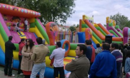 Moraleja celebra el 1 de Mayo con la suelta de vaquillas y gran afluencia de público en el barrio de las Eras