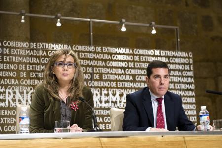 Extremadura invertirá 15 millones de euros para crear talleres de empleo para parados de larga duración