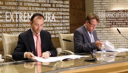 Junta y Diputación de Cáceres firman un convenio para las obras de las depuradoras del Jerte