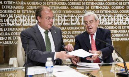 El Gobierno de Extremadura firma un convenio para construir una planta fotovoltaica en Usagre