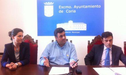 MicroBank y el Ayuntamiento de Coria colaborarán para incentivar la actividad emprendedora