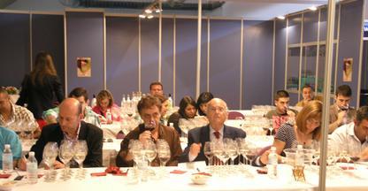 IPROCOR imparte un taller sensorial para diferenciar los malos olores en el vino y su relación con el Tricloroanisol