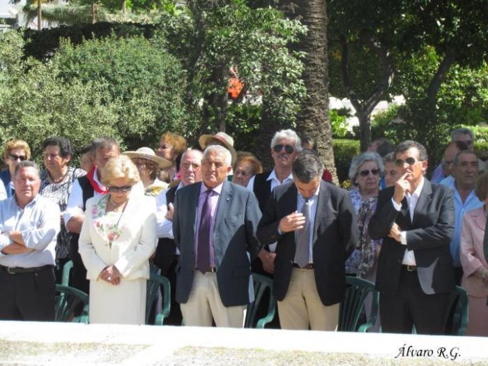 Valencia de Alcántara vive su fiesta de San Isidro con una gran participación de público en la romería urbana