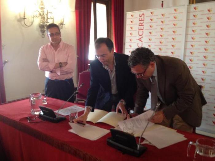 La Diputación Provincial de Cáceres creará un Centro de Formación para bomberos en Valencia de Alcántara
