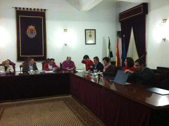 Valencia de Alcántara autoriza el crédito para el pago a proveedores con el Banco Popular