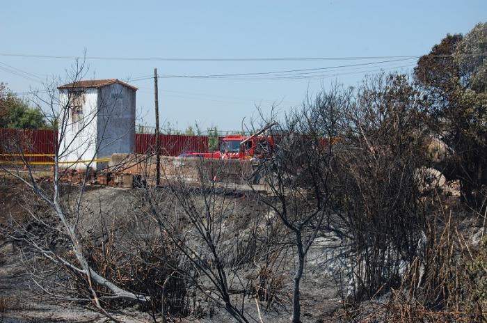 Técnicos de Medio Ambiente analizan en Moraleja si la explosión de hexano ha afectado al medio ambiente