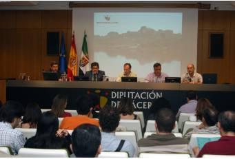 Extremadura y el Alentejo luso analizan en un seminario la realidad de estas zonas rayanas