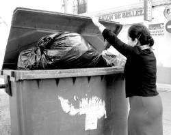 Cinco empresas pujan por la gestión del servicio de la limpieza y basura de Villanueva de la Serena