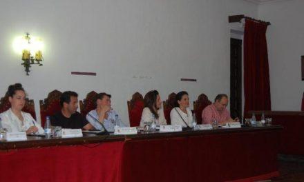 El Ayuntamiento de Coria disuelve del Patronato de Formación sin despidos y centralizando servicios