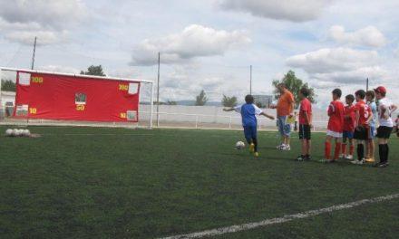 El día del club del CP Moraleja congregó a más de 700 personas en el Campo de La Vega