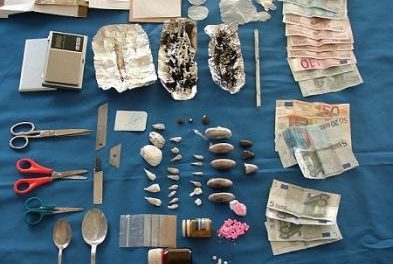 Agentes del Cuerpo Nacional de Policía desmantelan un punto de venta de droga en Cáceres