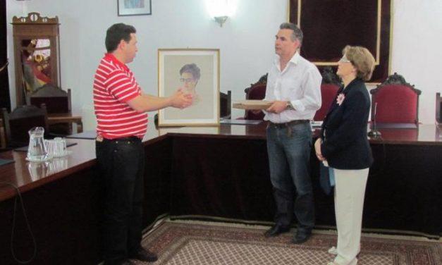 El primer retrato del catálogo de obras de Indalecio Hernández pasa a los fondos de la fundación