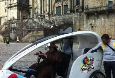 La Diputación de Cáceres promociona la provincia entre los peregrinos de Santiago de Compostela