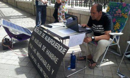 El alcalde de Alburquerque cumple 17 días de huelga de hambre en defensa de las energías renovables