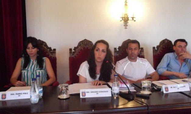 La concejala del PP, Laura Sánchez González, será la abanderada de las fiestas de San Juan 2013 en Coria