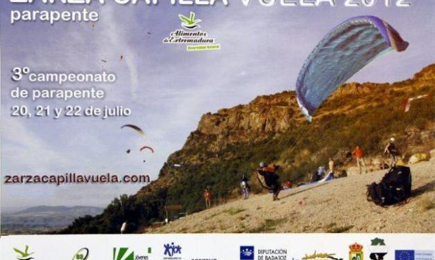 La localidad pacense de Zarza Capilla acoge este fin de semana el III campeonato regional de parapente