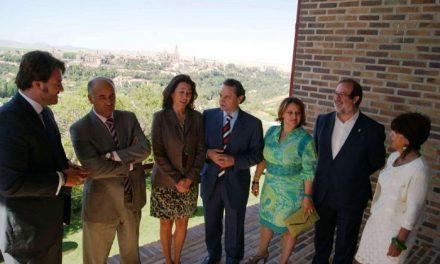Cáceres firma un convenio de colaboración y promoción con Paradores Nacionales de Turismo