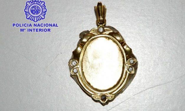 La Policía Nacional detiene en Badajoz a un joven por robo con violencia al que se le imputan ocho casos más