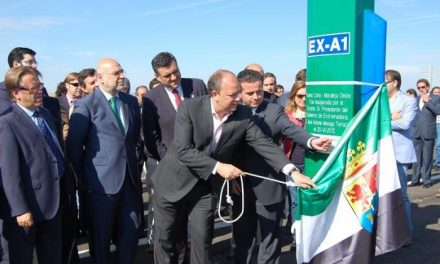 Del Moral anuncia que el tramo de la ExA1 entre El Batán y Coria estará terminado a finales de verano