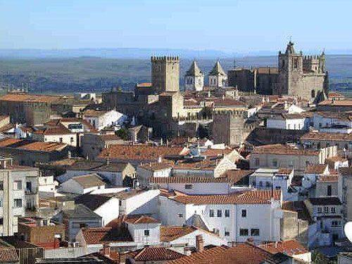 Cáceres participará en los actos del 40 aniversario de la convención sobre Patrimonio de la Humanidad