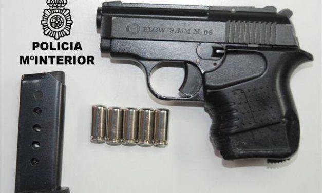 La Policía Nacional detiene al presunto autor de un atraco en una sucursal bancaria de Badajoz