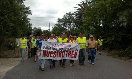 El Ministerio de Fomento confirma a Extremadura el mantenimiento del servicio del tren Lusitania