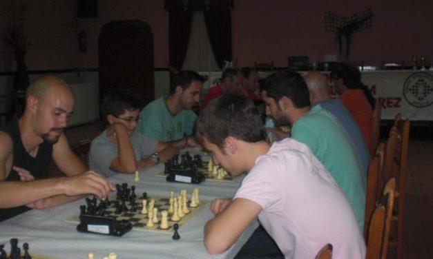 """El XXIII torneo de Ajedrez """"San Buenaventura"""" reunió a medio centenar de jugadores en Moraleja"""