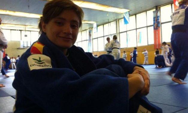 La yudoca extremeña Conchi Bellorín cae ante la húngara Hedvig Karakas en los Juegos Olímpicos de Londres