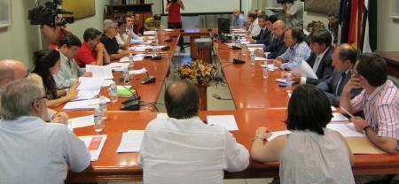 Medio Ambiente presenta los planes de gestión para los embalses de Orellana y de Valdecañas