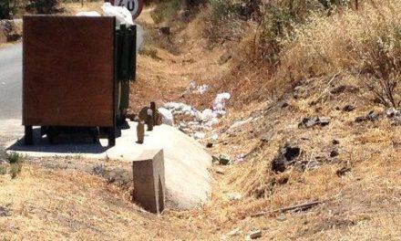 Carrilho  apela a la responsabilidad ciudadana para mantener limpia la localidad y la comarca