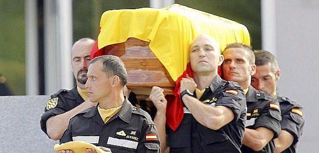 Defensa concede la Cruz del Mérito Militar al cabo primero fallecido en el incendio forestal de Gata