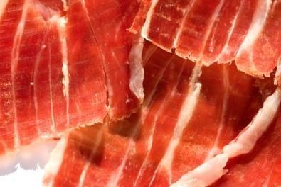 Monesterio repartirá el Día de Extremadura en la Fiesta del Jamón diez toneladas de este producto